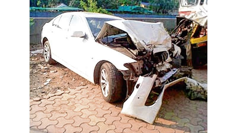 Pune: Car rams into truck, four, including 3 women, die