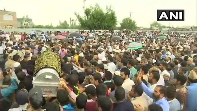 Shujaat Bukhari, slain 'Rising Kashmir' editor, laid to rest in ancestral village in Kashmir