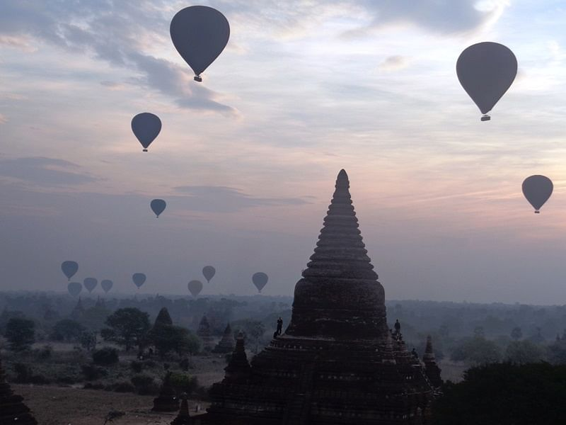 Balloon rides in the morning – Bagan