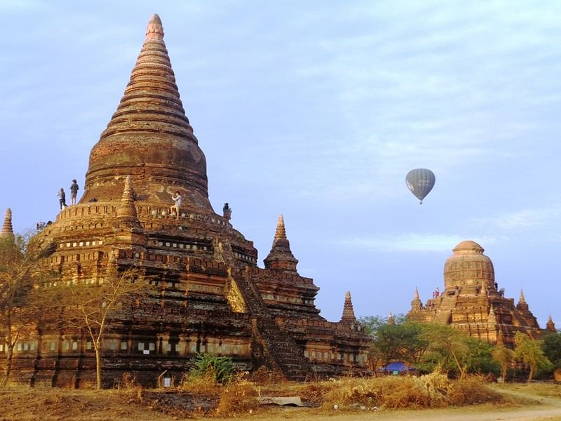 New floats over the old - Bagan