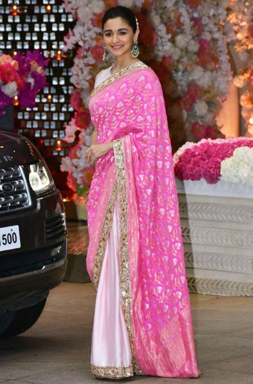 Neetu Kapoor approves of Alia Bhatt with just an emoji