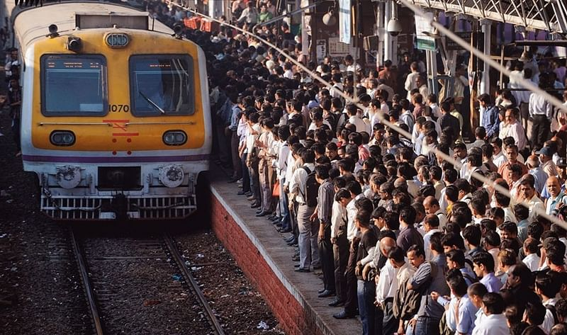 Mumbai: Harbour Line services hit yet again during peak hours