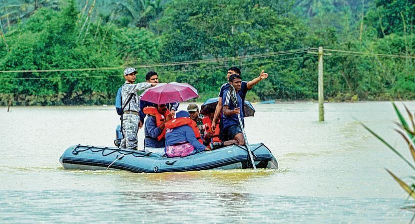 Roads shut, life disrupted in Ratnagiri, Sindhudurg