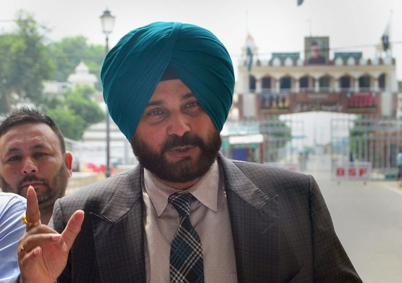 Kickout Sidhu from Kapil Sharma show! People attack Navjot Singh Sidhu for his diplomatic stand on Pulwama terror attack