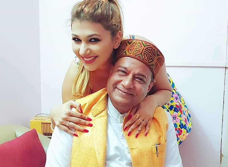 Bigg Boss 12! Anup Jalota's relationship with 28-year-old girlfriend Jasleen Matharu weird? Check out his previous relationships