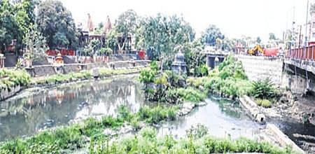 Indore: A tale of two rivers & officers' apathy