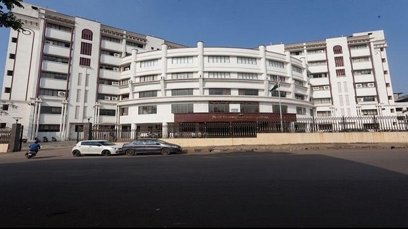 Mumbai: Is Bhiwandi-Nizampura corporation HQ becoming an illegal parking lot?