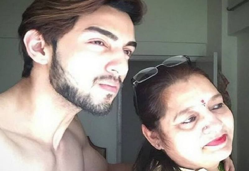 Bigg Boss 12 contestant Rohit Suchanti's mom slams all the homophobics making fun of his body