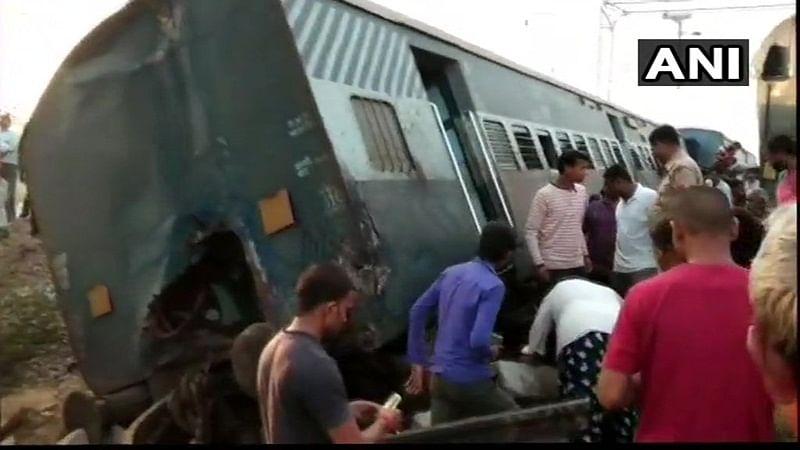 Railways sack 2 officials over Uttar Pradesh derailment