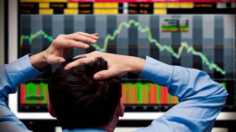 Sensex drops over 150 pts ahead of RBI board meet
