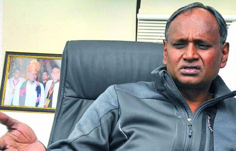 Is SC involved in rigging, asks Udit Raj over VVPATs counting