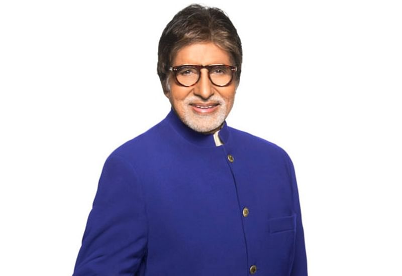 Amitabh Bachchancommences shoot for 'Jhund' in Nagpur