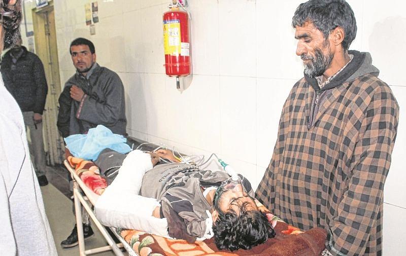 Jammu and Kashmir: Selfie terrorist Umer Ganani, 5 others gunned down