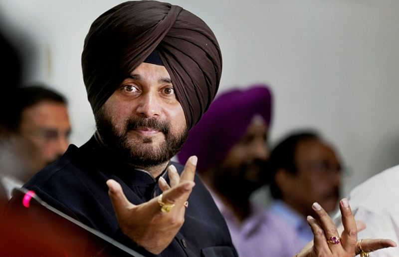 PM Narendra Modi came as Ganga's son in 2014, will go as Rafale agent in 2019: Navjot Singh Sidhu