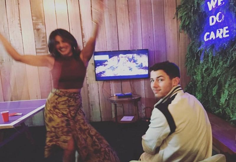 Priyanka Chopra and Nick Jonas get competitive in game of Mortal Combat, find out who is the winner