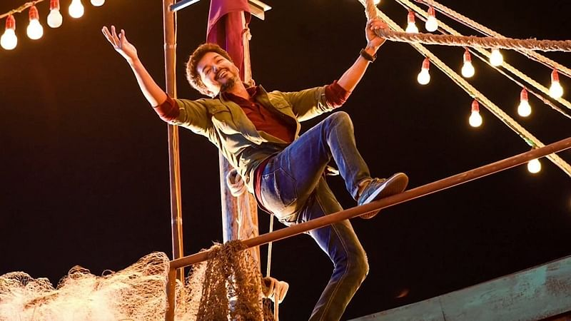 'Sarkar'Movie Review: Strictly for Vijay's fans
