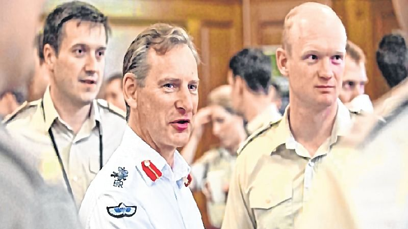 Russia far bigger threat than IS: British army chief