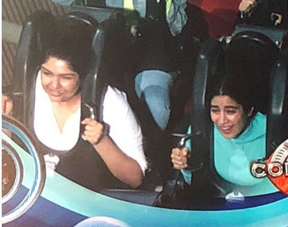 Janhvi's scary face with a smiling Anshula is giving us major sibling goals