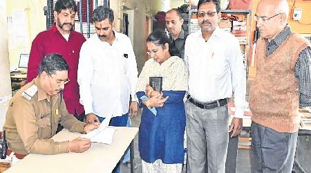 Ujjain: VHP leader Mahesh Tiwari files police complaint against Paras Jain, Vivek Joshi