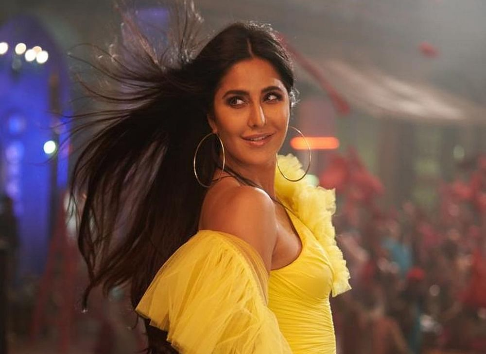 Katrina Kaif shares stunning stills from 'Husn Parcham' that didn't make it to the final song
