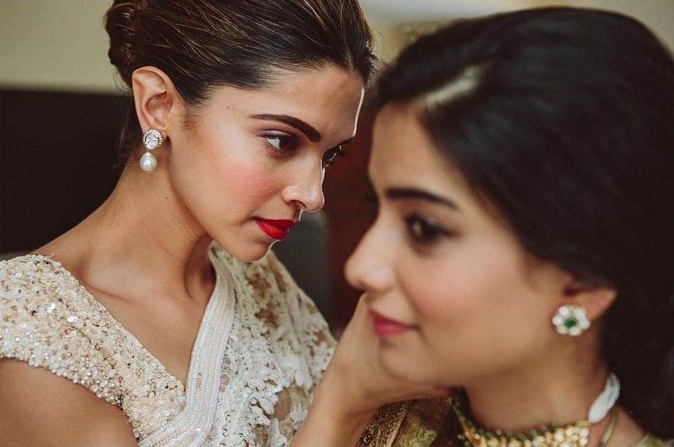 Unseen pics of Deepika as the perfect bridesmaid in Sabyasachi take us back to her wedding