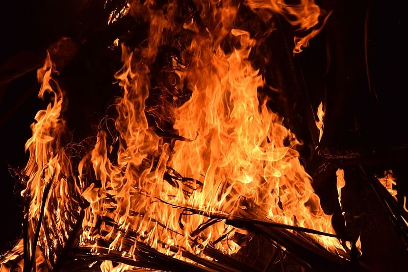Fire breaks out at footwear godown in Kochi, no casualties