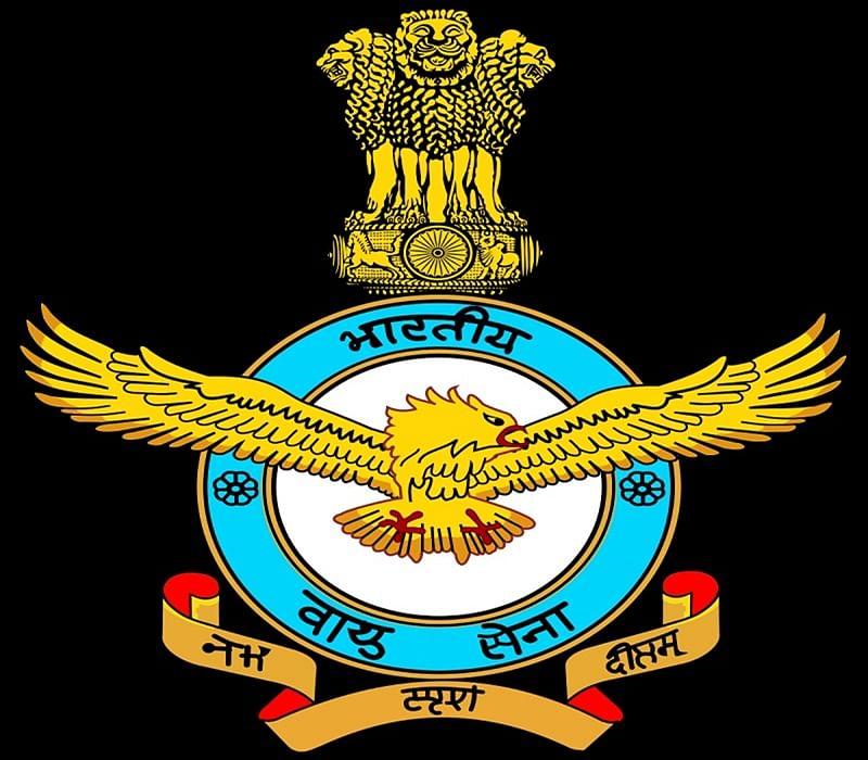 IAF pilot Abhinandan Varthaman's distraught family remains indoors