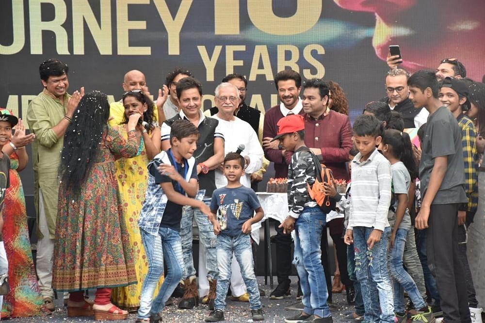10 years of Slumdog Millionaire: A. R. Rahman, Anil Kapoor celebrate a decade of the Oscar winning film