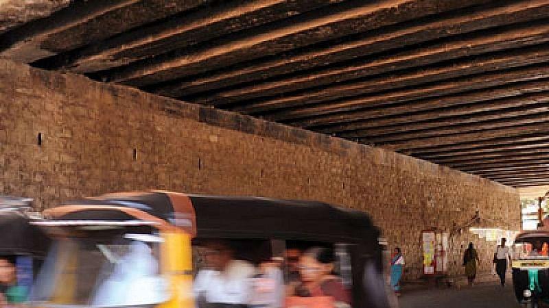 Mumbai: Temporary closure of Khar subway during night hours