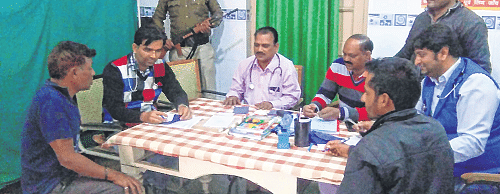 Ujjain: Hooligans rule the roost in civil hospital
