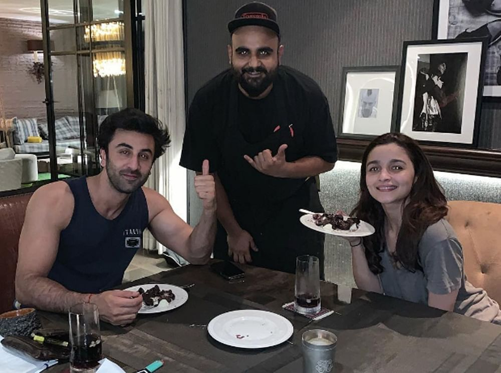Squashing breakup rumours, Alia and Ranbir celebrated Valentine's Day with a cozy dinner date
