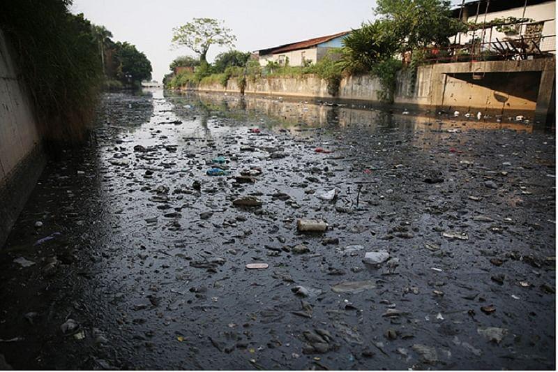Maharashtra: Warkaris upset as sewage flows into Chandrabhaga