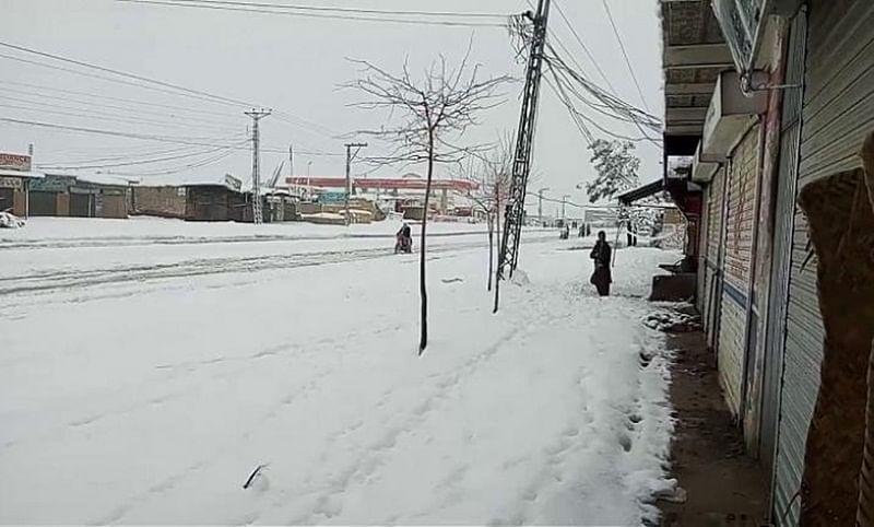 10 dead due to heavy snowfall, rain in Pakistan's Balochistan; 1,500 families rescued