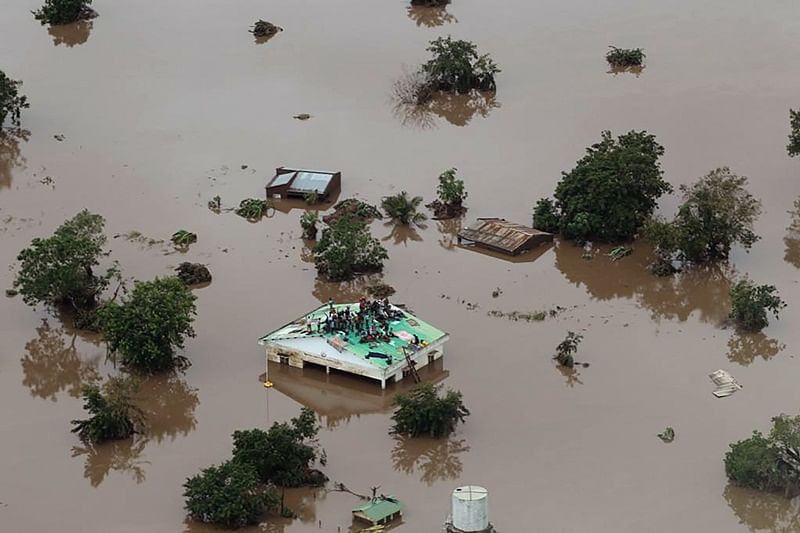 Cyclone Idai: More than 1,000 feared dead in Mozambique storm