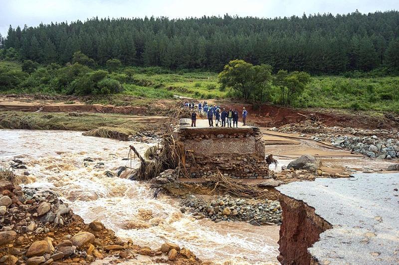Cyclone Idai fatalities could surge to 300, says Zimbabwe minister