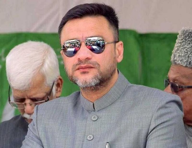 Will give PM Narendra Modi whistle and cap if he wants to be Chowkidar: Akbaruddin Owaisi