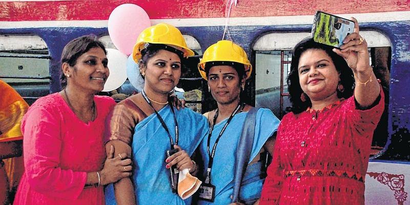 Bhopal: 'Kalyani' Award conferred on seven brave & fearless women