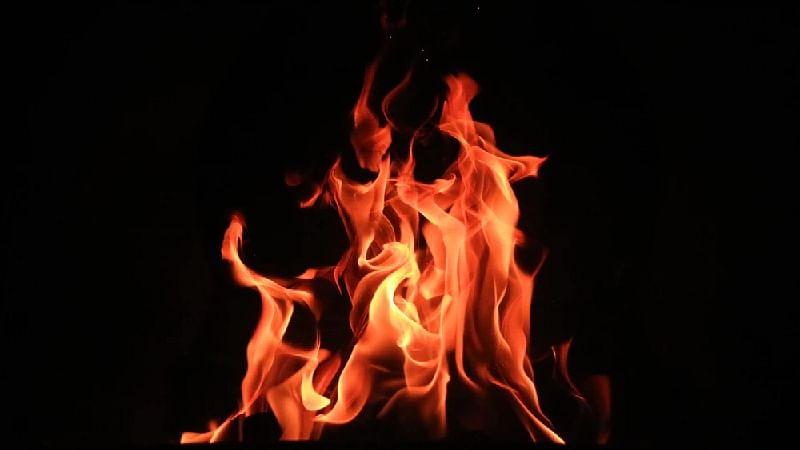 Ujjain: 7 of a family receive burns