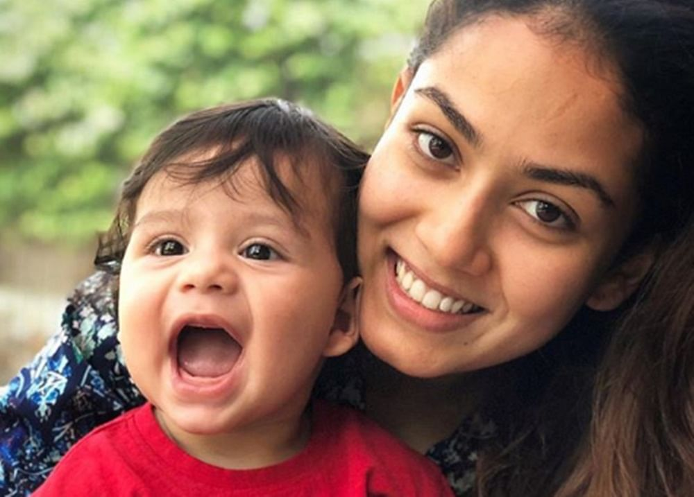 This pic of a smiling Zain with mommy Mira Kapoor is the best thing you will see on the internet today