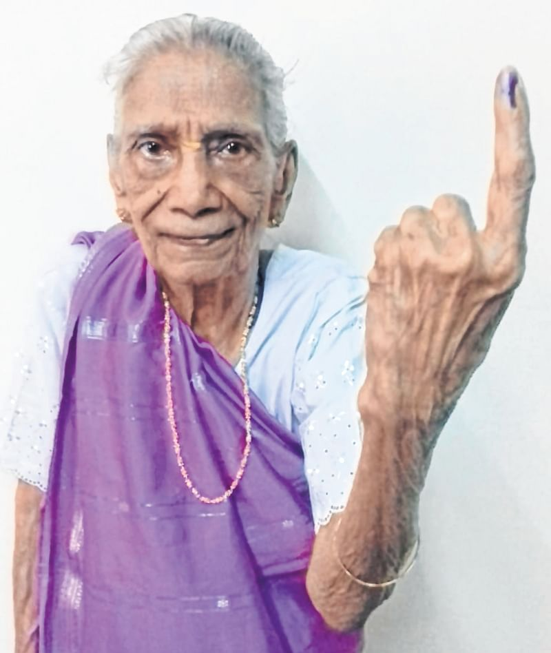 Lok Sabha elections 2019 – Phase 4: 108-year-old woman casts vote in Thane