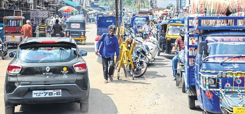 Bhopal: Traffic congestion, illegal parking make Old Bhopal a nightmare for firefighters