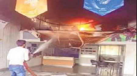 Bhopal: Valuables worth Rs 2L gutted in fire at car showroom
