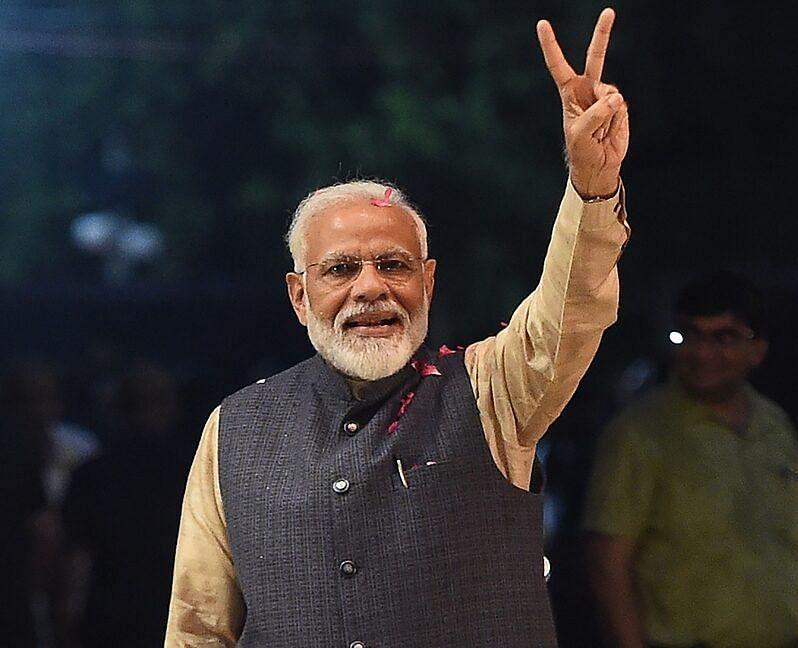 PM Modi replies to celebrities' congratulatory messages
