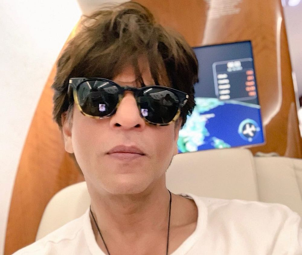 Shah Rukh Khan flying to New York confirms his appearance on David Letterman's show!
