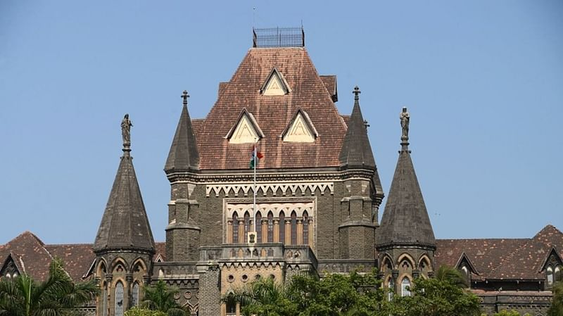 Man seeks quashing of FIR in kidnapping case, Bombay HC directs him to marry girl first