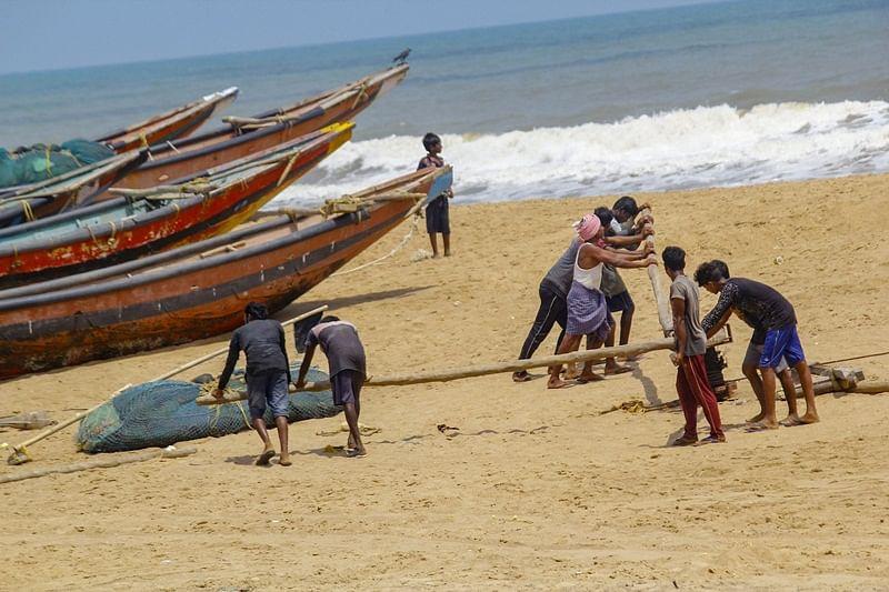 Cyclone Vayu: Fishermen in Gujarat claim heavy losses, seek govt assistance