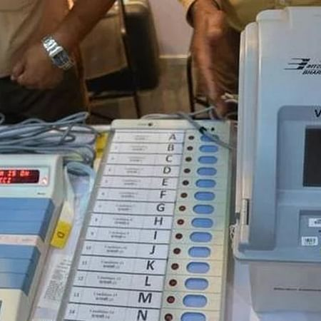 Maha Election 2019: EVM glitches reported, Congress complains to EC