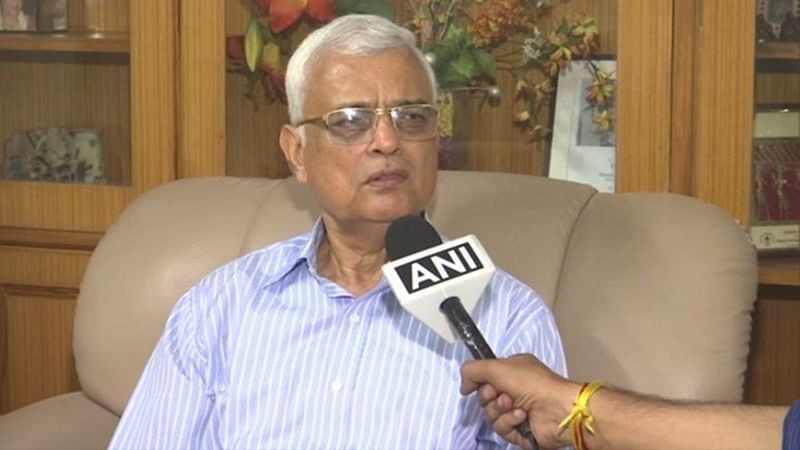 EVMs are completely tamper-proof, cannot be hacked, says former CEC Rawat