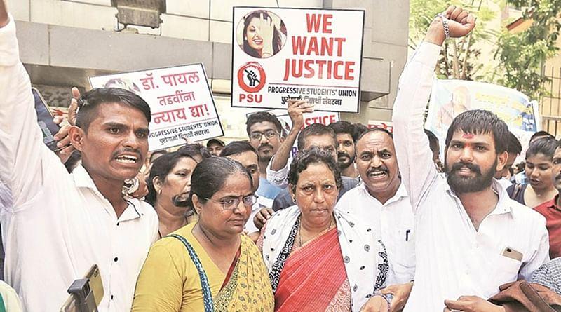 Mumbai: Parents protest outside Nair hospital