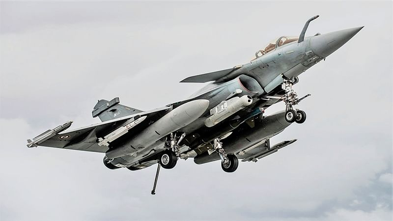 'Dismiss all review pleas in Rafale case'
